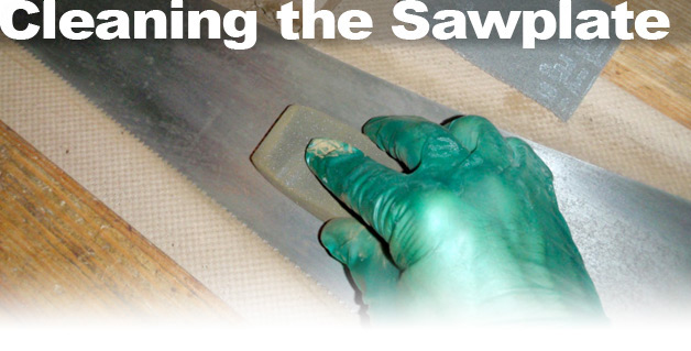 Cleaning the Sawplate